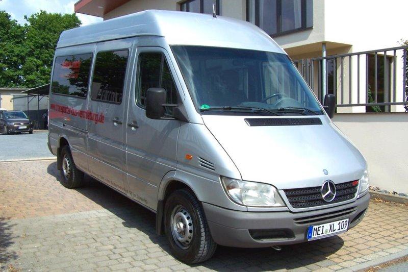 bus oder transporter mieten transporter bus vermietung. Black Bedroom Furniture Sets. Home Design Ideas